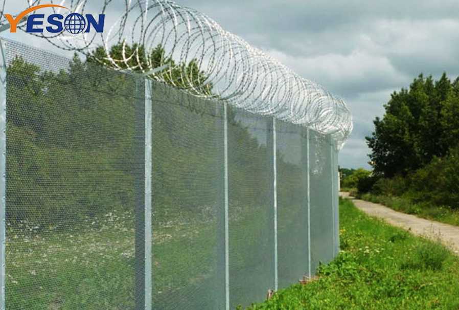 358 fence with barbed wire